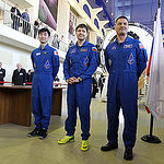 CG4G9036 --- (6 May 2015) --- At the Gagarin Cosmonaut Training Center in Star City, Russia, Expedition 44/45 crewmembers Kimya Yui of the Japan Aerospace Exploration Agency (left), Oleg Kononenko of the Russian Federal Space Agency (Roscosmos, center), a