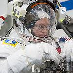 Astronaut Barry Wilmore Participates in EVA Training